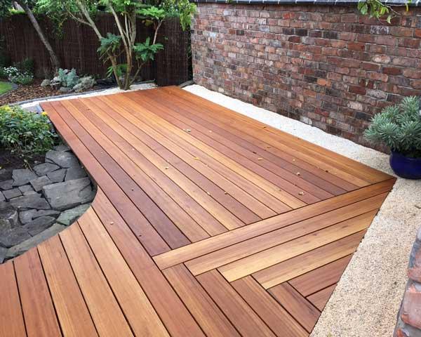 Design a Bespoke Deck